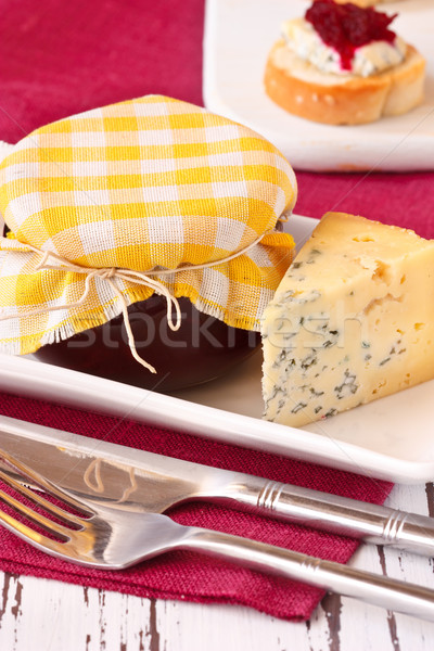 Café da manhã delicioso congestionamento vidro jarra queijo azul Foto stock © lidante