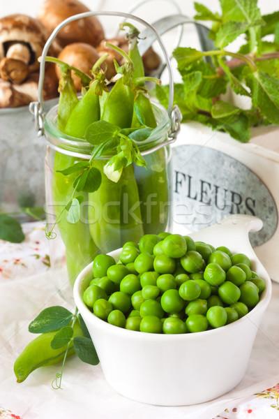 綠色 豌豆 新鮮 葉 白 碗 商業照片 © lidante