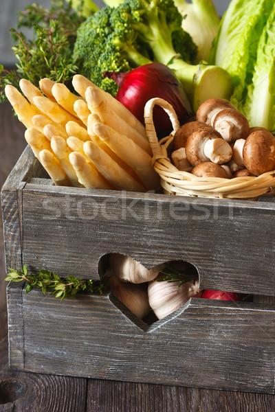 Légumes frais fraîches cuisine jardin blanche Photo stock © lidante