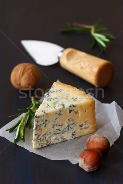 ブルーチーズ スライス ナッツ 古い ボード 背景 ストックフォト © lidante