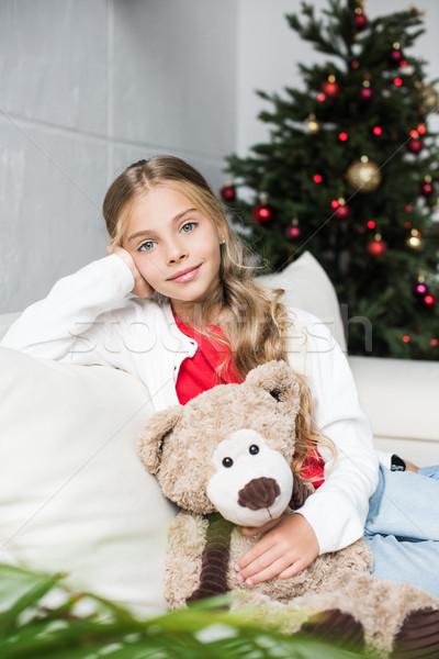 Criança ursinho de pelúcia árvore de natal adorável sessão Foto stock © LightFieldStudios