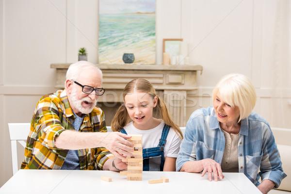 Foto d'archivio: Cute · bambina · nonno · nonna · giocare · gioco