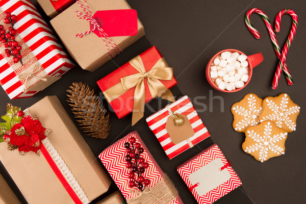 Christmas geschenken top cookies snoep Stockfoto © LightFieldStudios