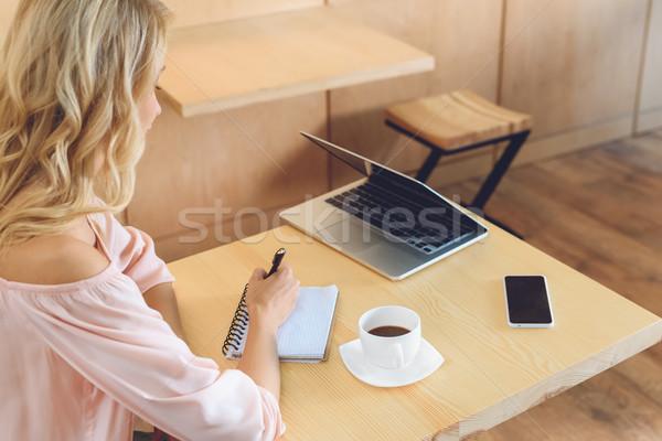 Foto stock: Empresária · trabalhando · café · tiro · jovem