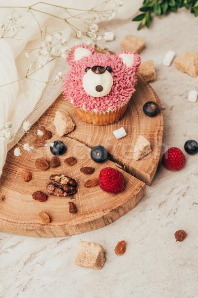 Közelkép kilátás finom muffin forma medve Stock fotó © LightFieldStudios