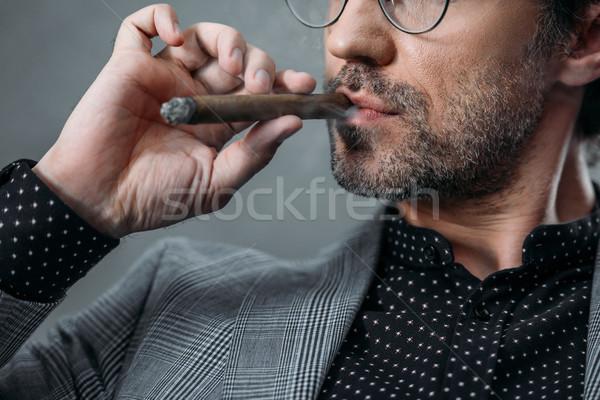 Stok fotoğraf: Işadamı · sigara · içme · puro · atış · gözlük · duman