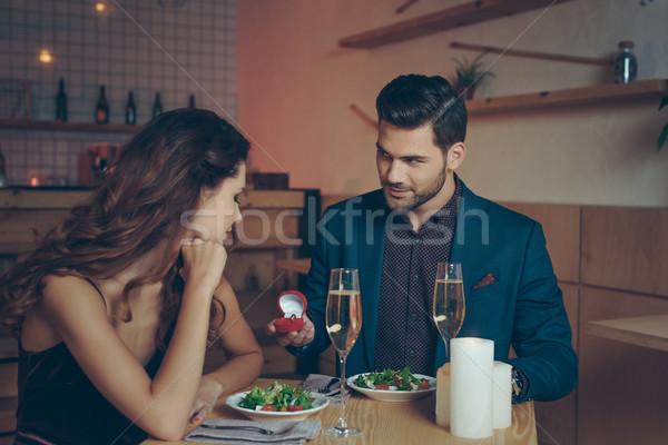Człowiek sympatia wniosek romantyczny obiedzie Zdjęcia stock © LightFieldStudios