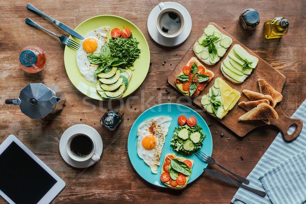 Stock fotó: Egészséges · reggeli · kettő · sült · tojások · zöldségek