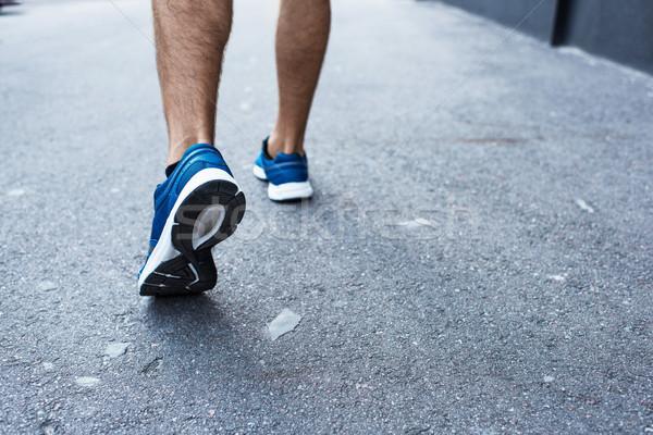 спортсмен бег за пределами выстрел кроссовки работает Сток-фото © LightFieldStudios