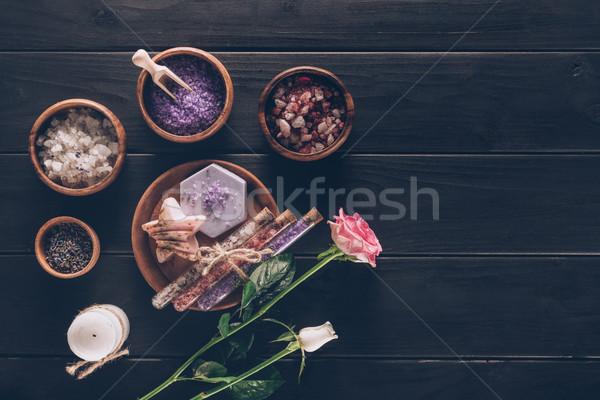 Leczenie uzdrowiskowe płyty róż powierzchnia tle Zdjęcia stock © LightFieldStudios