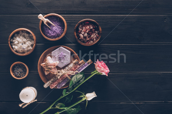Terapi ahşap plakalar güller yüzey arka plan Stok fotoğraf © LightFieldStudios
