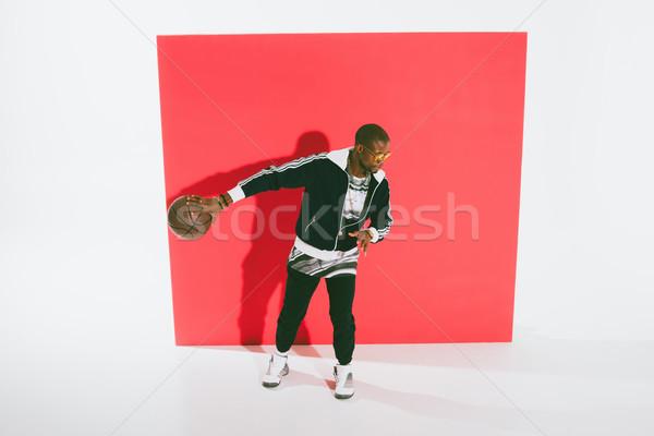 Stockfoto: Afro-amerikaanse · man · spelen · basketbal