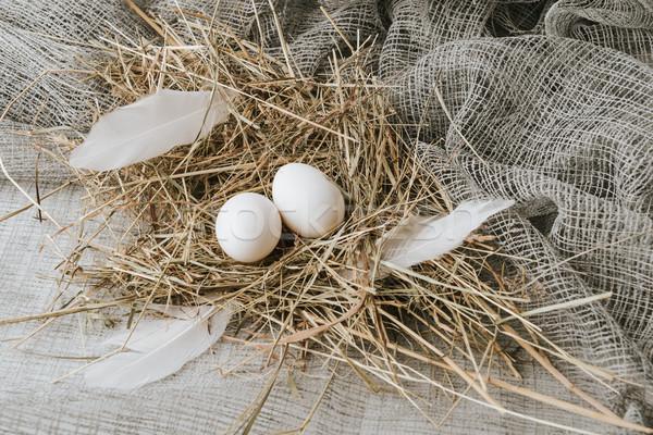 Witte eieren leggen stro ontbijt doek Stockfoto © LightFieldStudios