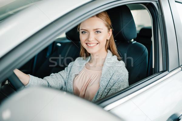 Сток-фото: счастливым · красивой · драйвера · сидят · Новый · автомобиль