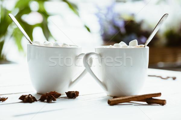 Kakao hatmi seçici odak ahşap yüzey Stok fotoğraf © LightFieldStudios