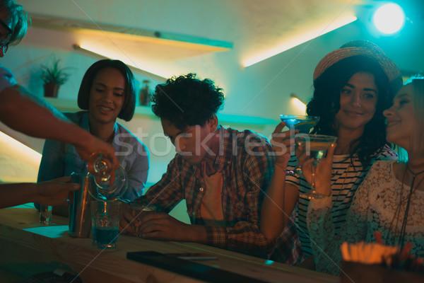 Barmen kokteyl arkadaşlar görmek bar Stok fotoğraf © LightFieldStudios