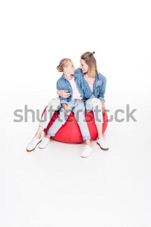 Família saco de feijão pequeno filha mamãe Foto stock © LightFieldStudios