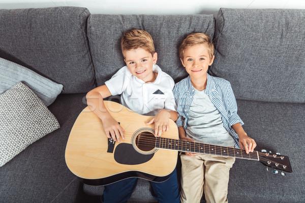 ブラザーズ ギター 表示 愛らしい ストックフォト © LightFieldStudios
