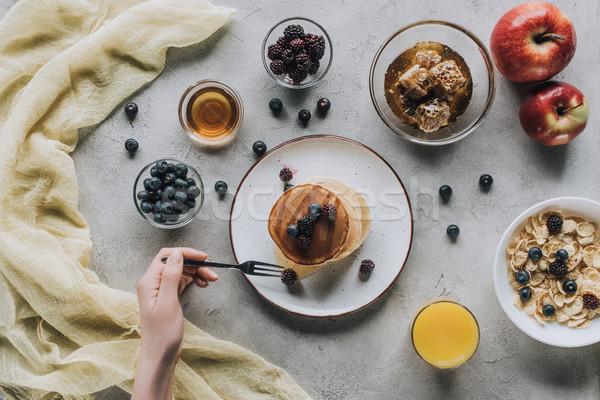 Stock foto: Erschossen · Person · gesunde · Ernährung · Frühstück · hausgemachte · Pfannkuchen
