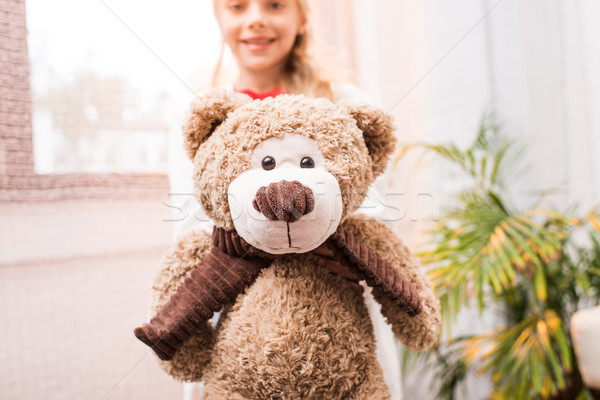 Kind teddybeer cute meisje Stockfoto © LightFieldStudios