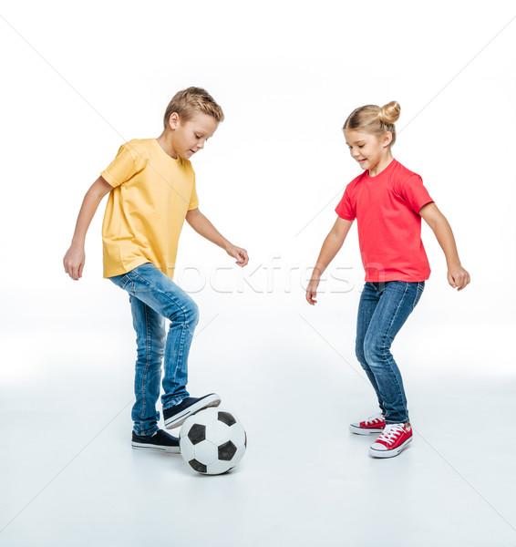 Broers en zussen spelen voetbal gelukkig Stockfoto © LightFieldStudios