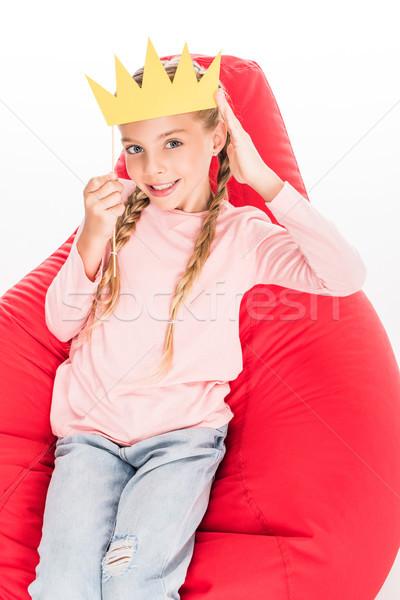 Criança cartão coroa sorridente sessão vermelho Foto stock © LightFieldStudios