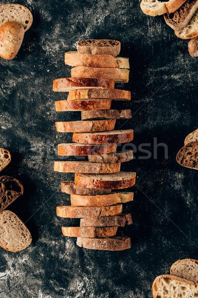 Top stukken brood donkere meel Stockfoto © LightFieldStudios