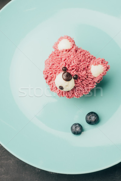 Haut vue sweet rose muffin forme Photo stock © LightFieldStudios