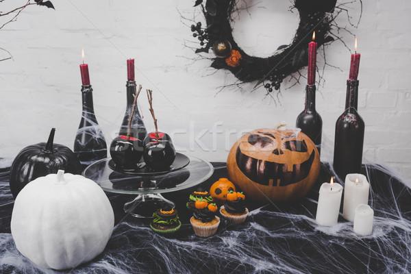 Foto stock: Halloween · decoraciones · velas · sabroso · manzana