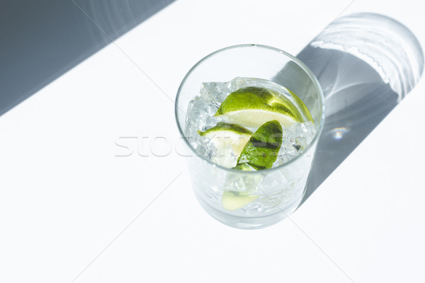 Gin coquetel ver legal cal Foto stock © LightFieldStudios