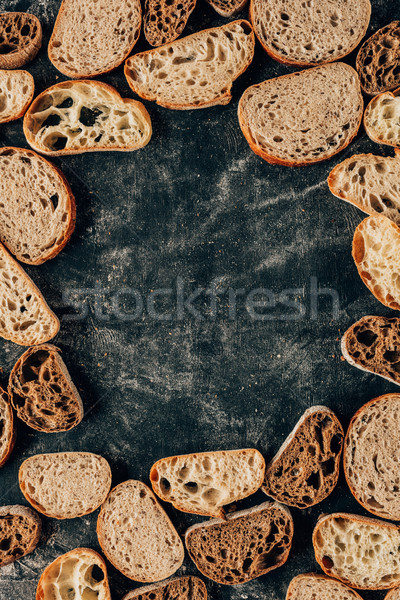 Top stukken brood donkere meel Stockfoto © LightFieldStudios
