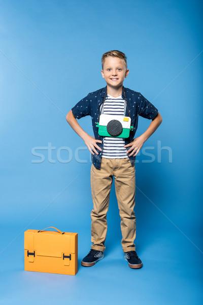 少年 ブリーフケース カメラ 愛らしい 紙 ストックフォト © LightFieldStudios