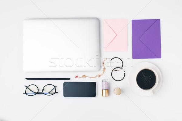 Kadın işyeri üst görmek bilgisayarlar Stok fotoğraf © LightFieldStudios
