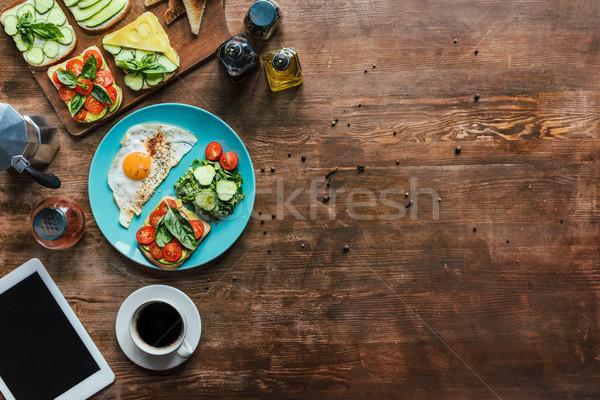 Stock fotó: Egészséges · reggeli · csésze · kávé · tányér · tabletta
