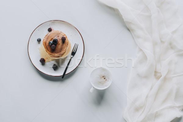 Haut vue tasse cappuccino sweet savoureux Photo stock © LightFieldStudios