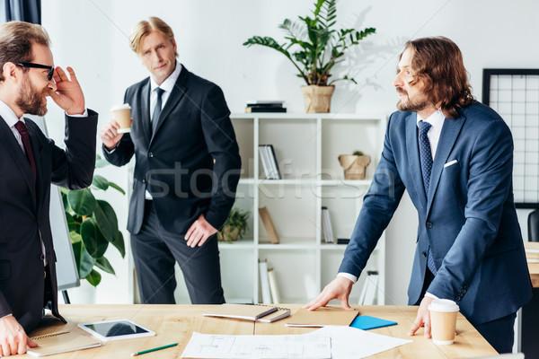 ストックフォト: ビジネスマン · 作業 · オフィス · プロ · ハンサム