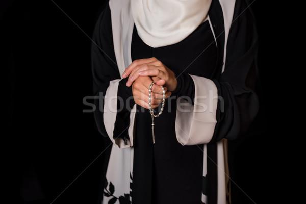 Muçulmano mulher tiro oração miçanga rezar Foto stock © LightFieldStudios
