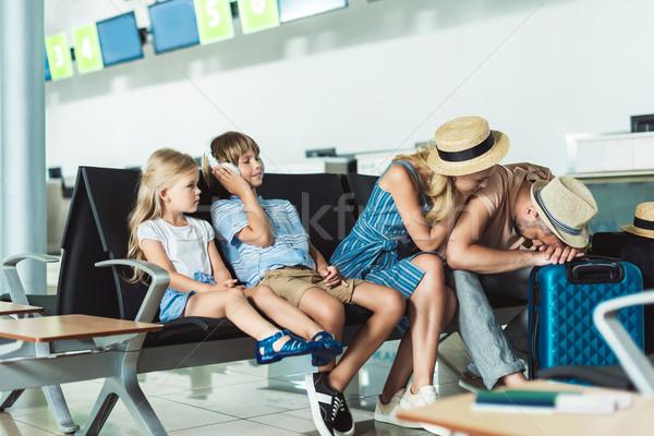 家族 待って 搭乗 空港 小さな 一緒に ストックフォト © LightFieldStudios