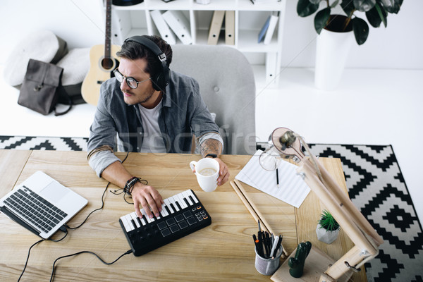 Zenész felső kilátás fiatal hang gyártó Stock fotó © LightFieldStudios