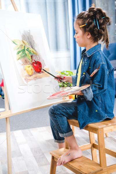Mały artysty malarstwo palety zdjęcie Zdjęcia stock © LightFieldStudios