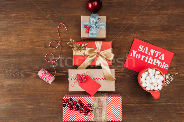 Christmas presenteert snuisterij top brief Stockfoto © LightFieldStudios