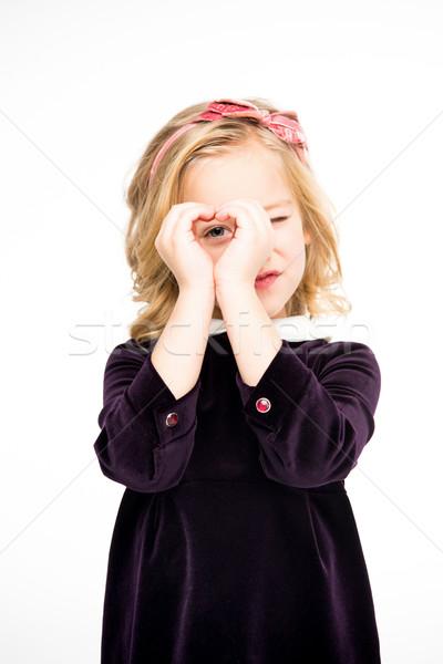 Menina coração assinar belo little girl Foto stock © LightFieldStudios