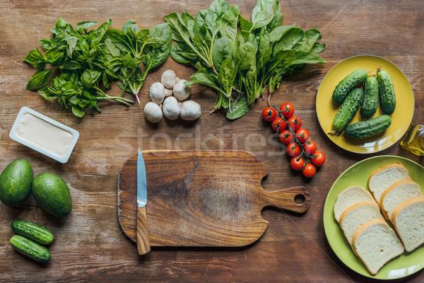 knife and cutting board Stock photo © LightFieldStudios