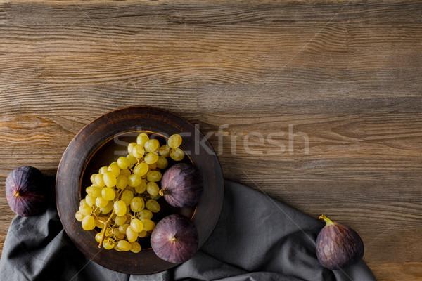 виноград пластина Top мнение скатерть Сток-фото © LightFieldStudios