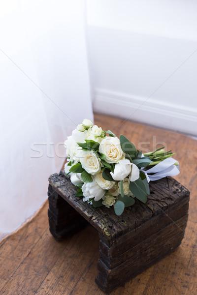 Ramo de la boda flores blancas stand rosas blanco Foto stock © LightFieldStudios