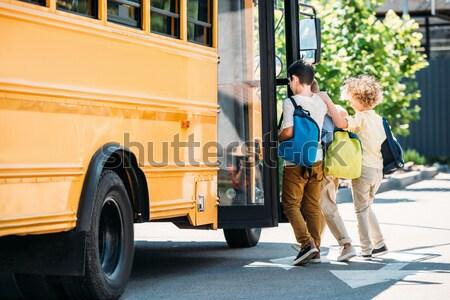 Több nemzetiségű férfiak törött mikrobusz szomorú út Stock fotó © LightFieldStudios