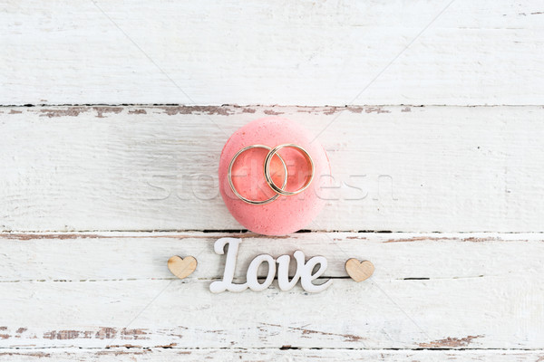 Top view fedi nuziali rosa macaron Foto d'archivio © LightFieldStudios