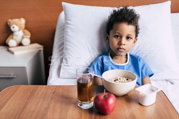ストックフォト: アフリカ系アメリカ人 · 少年 · 朝食 · クリニック · 肖像 · 小
