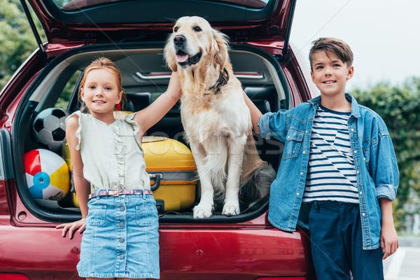 ストックフォト: 子供 · 犬 · 車 · 幸せ · かわいい