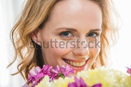 Femme bouquet vue belle femme Photo stock © LightFieldStudios